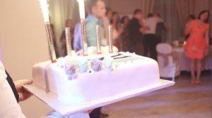 12 val. nakties vestuvių kulminacija - tortas